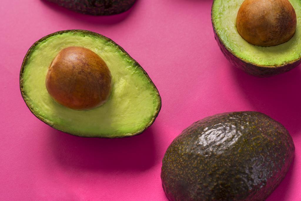 o colesterol bom encontrado no abacate é diferente do LDL, que acumula nas artérias