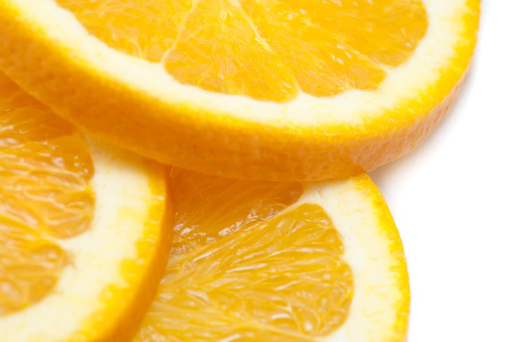 a laranja é considerada uma fruta rica em vitamina C